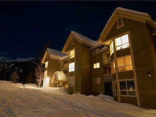 Timberline Lodges - 237 Spruce