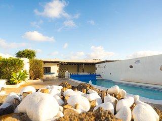 Casa Rural Los Patios Wifi y piscina privada climatizada 10px