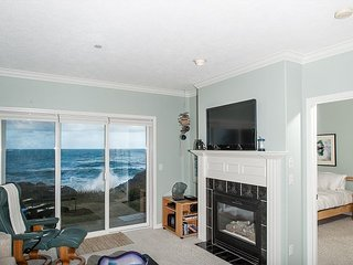 Sea For Two -  Corner Oceanfront Condo, Hot Tub, Pool, Wifi & More!