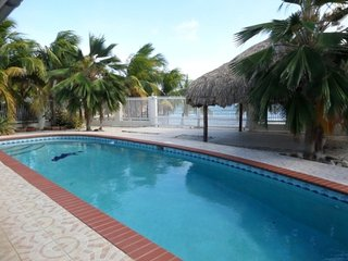 K and K Beach Villa Ocean Front With Pool 3 Bedrooms On the Beach Private House