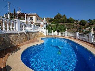 Villa con vista al mar y piscina! Ref. 221138