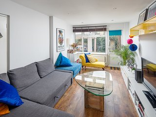 Gorgeous 3Bed House w/Garden in Canning Town