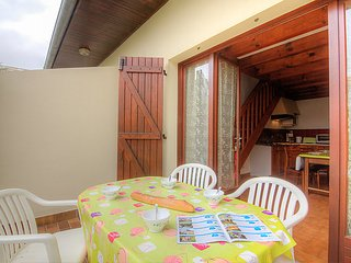 2 bedroom Villa in Mimizan-Plage, Nouvelle-Aquitaine, France : ref 5038618