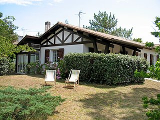 3 bedroom Villa in Mimizan-Plage, Nouvelle-Aquitaine, France : ref 5037250