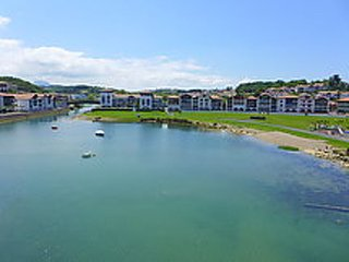2 bedroom Apartment in Saint-Jean-de-Luz, Nouvelle-Aquitaine, France : ref 50265