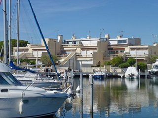 3 bedroom Apartment in Port Camargue, Occitania, France : ref 5394214