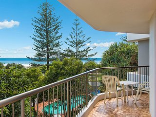 Porta Pacifique 6 - Bilinga/ North Kirra Beachfront - Min. 3 night stays!