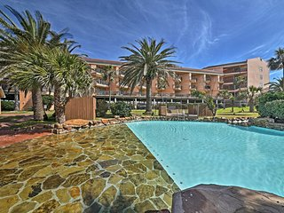 NEW! 1BR Galveston Condo w/ Amazing Gulf Views!