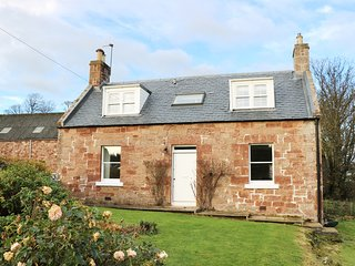 THE GRIEVES COTTAGE, non-working farm, countryside views, near Gifford, Ref 9715