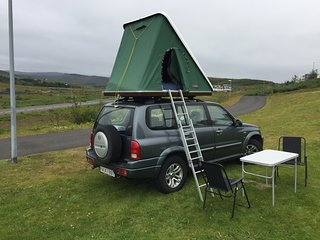 4x4 Camper Roof Top Tent & Sleep in the back