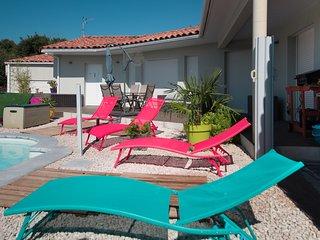 Villa ZEN, SOLEIL, CALME, PISCINE, MER, RIVIERES, VIGNES, MONTPELLIER, HERAULT..