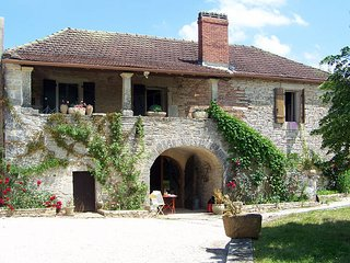5 bedroom Villa in Crayssac, Occitania, France : ref 5443022