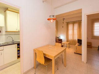 2 bedroom Apartment in Barcelona, Catalonia, Spain - 5698087