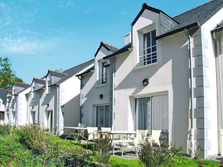 2 bedroom Apartment in Pont-Aven, Brittany, France : ref 5438351