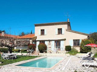 5 bedroom Villa in Draguignan, Provence-Alpes-Cote d'Azur, France : ref 5584385