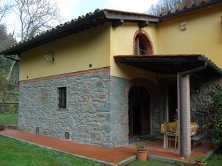 2 bedroom Villa in Massa e Cozzile, Tuscany, Italy : ref 5404942