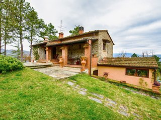 2 bedroom Villa in Bibbiano, Tuscany, Italy : ref 5583287