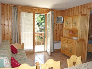 2 bedroom Apartment in Saint-Gervais-les-Bains, Auvergne-Rhone-Alpes, France : r