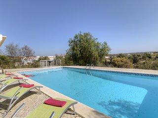 3 bedroom Villa in Ferragudo, Faro, Portugal - 5239104