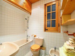 2 bedroom Apartment in la Nova Esquerra de l'Eixample, Catalonia, Spain : ref 55