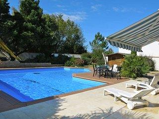 4 bedroom Villa in La Tranche-sur-Mer, Pays de la Loire, France : ref 5448142