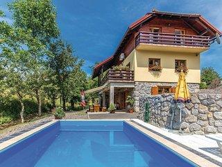 3 bedroom Villa in Lukovdol, Primorsko-Goranska Županija, Croatia : ref 5520927