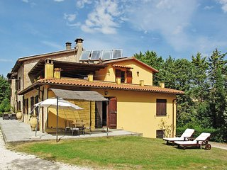 2 bedroom Apartment in Osteria di Ramazzano, Umbria, Italy : ref 5447888