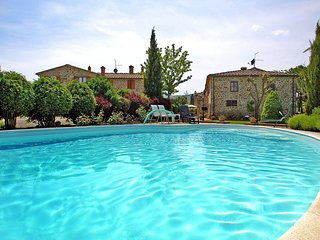 3 bedroom Apartment in Ciggiano, Tuscany, Italy : ref 5513257