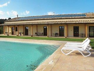 1 bedroom Villa in Chiaramonte Gulfi, Sicily, Italy : ref 5473966
