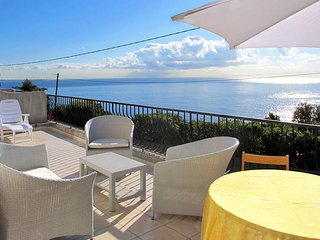 1 bedroom Villa in Miramar, Provence-Alpes-Cote d'Azur, France : ref 5436191