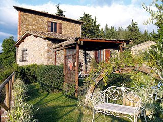 2 bedroom Villa in Panzano in Chianti, Tuscany, Italy : ref 5446825