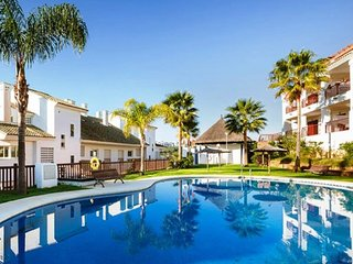 2 bedroom Apartment in Estepona, Andalusia, Spain : ref 5250855