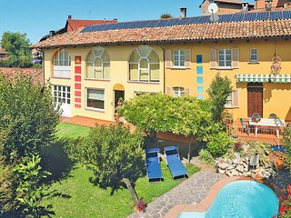 4 bedroom Villa in Castagnole delle Lanze, Piedmont, Italy : ref 5443170