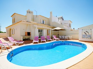 4 bedroom Villa in Alporchinhos, Faro, Portugal : ref 5239084