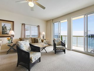 2/2 ~PRIME LOCATION! Gorgeous views of the Gulf, short walk to Pier Park!