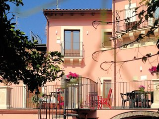 The Mayor's - Scirocco - Luxury cottage near Etna (4 people)