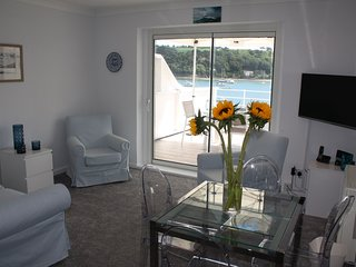 Modern apartment with stunning views of the Helford River