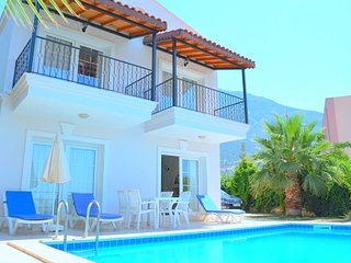 3+1 Villa Kas/Kalkan Central Own Swimmingpool view to the See City and Mountains