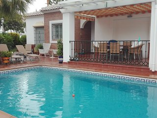 VILLA 3 BEDROOMS,2 BATHS AND PRIVATE SWIMING POOL