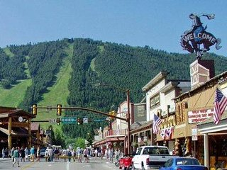 JACKSON HOLE DOWNTOWN CONDO