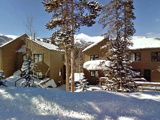 Mountain Side 3BR Townhouse