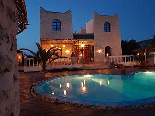 Kasbah con piscina y jacuzzi privada