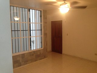 Apartment Furnished, Oceanview , Malecon, Downtown Santo Domingo, front sea.