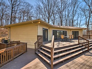 NEW! 3BR Home on Lake Lanier w/Dock & Boat Parking