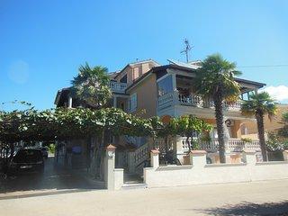 Apartment Alma IID-Villa Alma