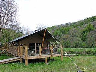 Ceri Safari Lodge
