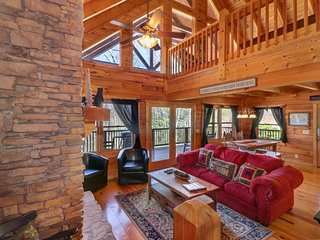 Mountaintop cabin w/ hot tub, pool table, multiple decks & incredible views!
