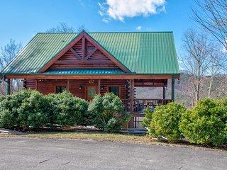 Mountaintop cabin w/ hot tub, pool table, multiple decks & incredible views!