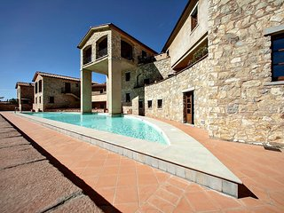 2 bedroom Villa in Gaiole in Chianti, Tuscany, Italy : ref 5311526