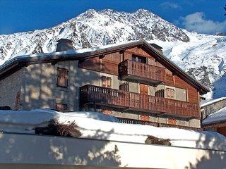 2 bedroom Apartment in Le Grand-Lemps, Auvergne-Rhone-Alpes, France : ref 551700